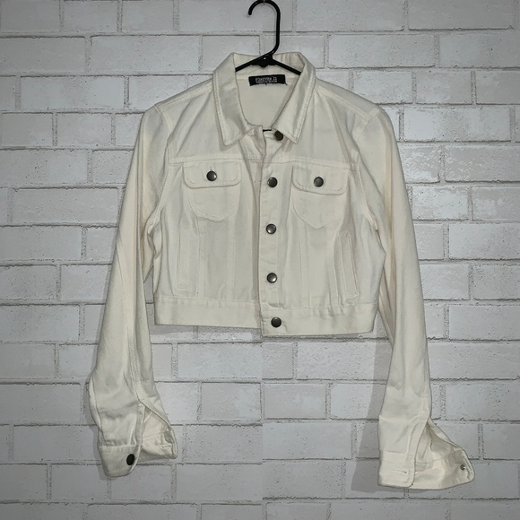 Forever 21 Jackets & Blazers - Forever 21 White Denim Jacket Size Small